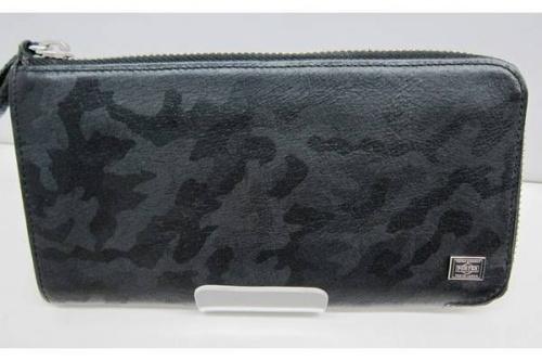 メンズファッションのラウンドファスナー長財布