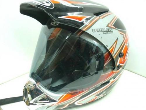 バイクのレーシングブーツ