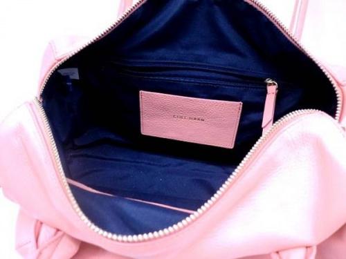 コールハーンのレザーバッグ