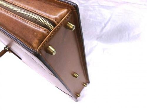 ビジネスバッグの松戸