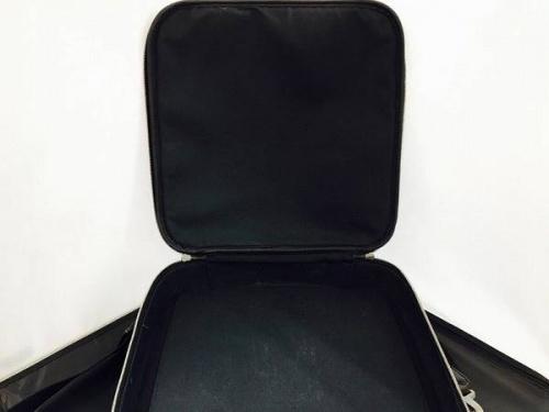 タイガのビジネスバッグ