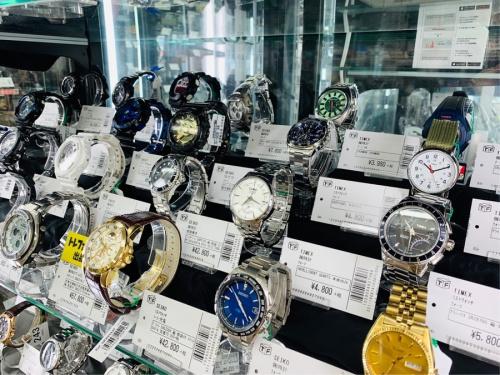ソーラー充電の腕時計 買取