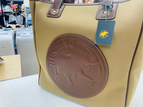 バッグ・財布のサファリ