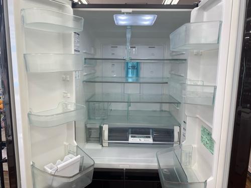 大型冷蔵庫の6ドア冷蔵庫