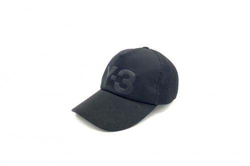 帽子のY3