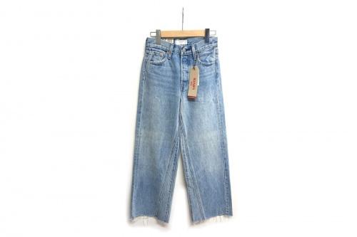 レディースファッションのジーンズ