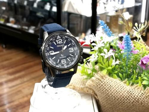 腕時計の自動巻き