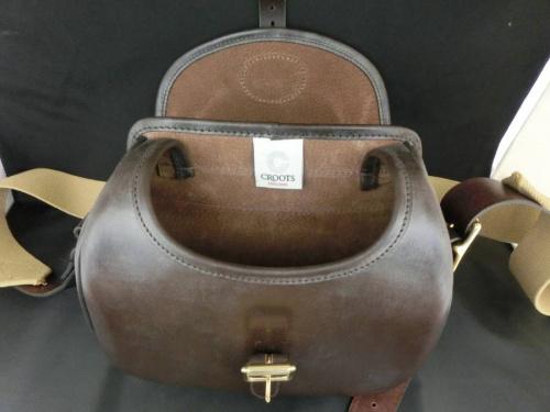 クルーツのカートリッジバッグ