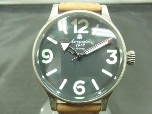 腕時計のAeromatic