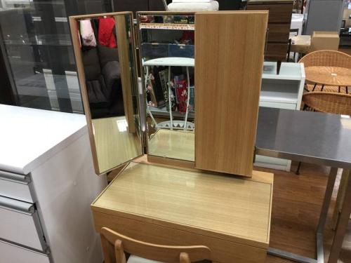 3面鏡の大塚家具