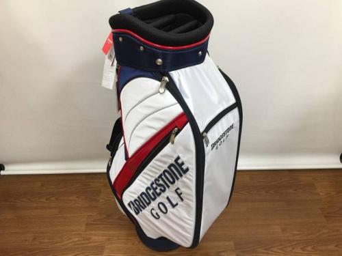 ゴルフのキャディバッグ