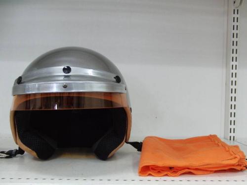 ヘルメットのGULF