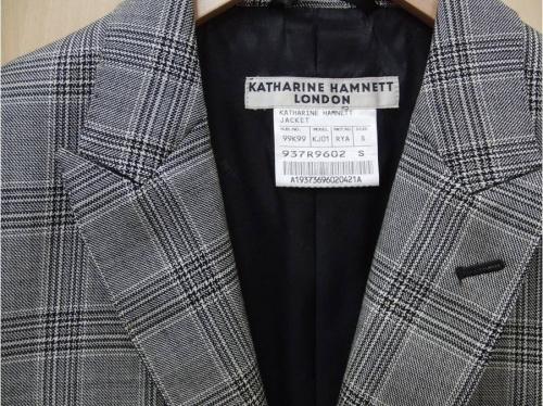 ジャケットのキャサリンハムネット