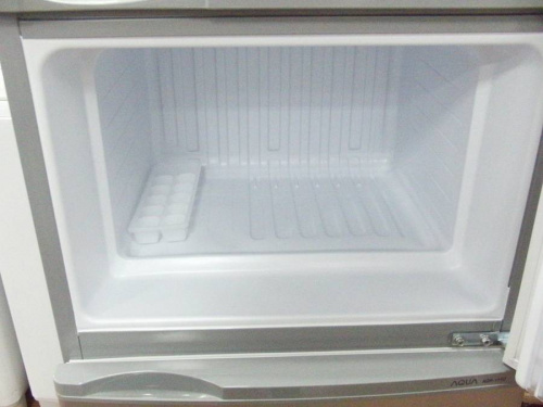 府中中古冷蔵庫のAQUA