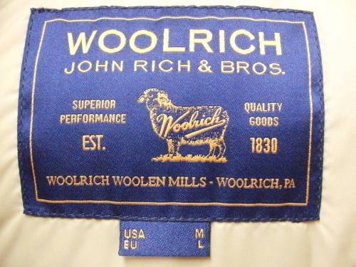 WOOLRICHのダウンコート