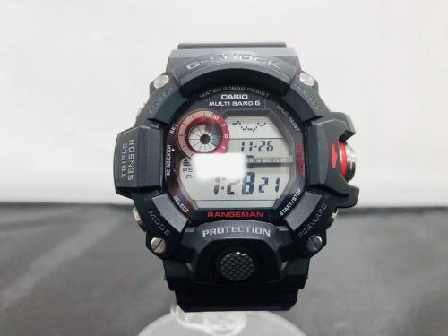 腕時計のデジタルウォッチ