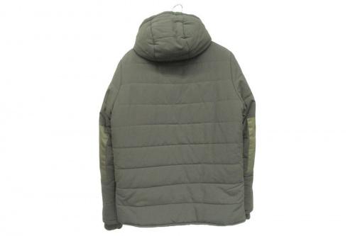 ジャケットの中綿ジャケット