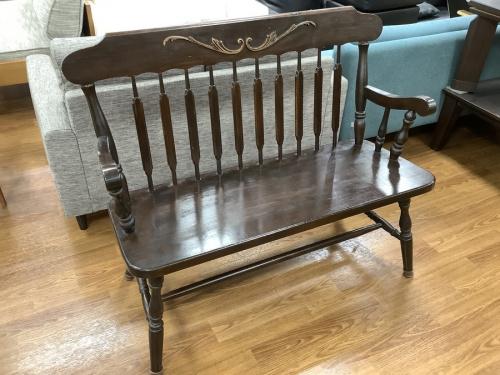 家具のベンチ