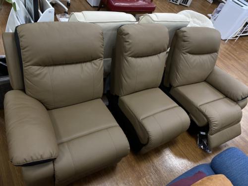 電動リクライニングソファーのLURKEY SOFA