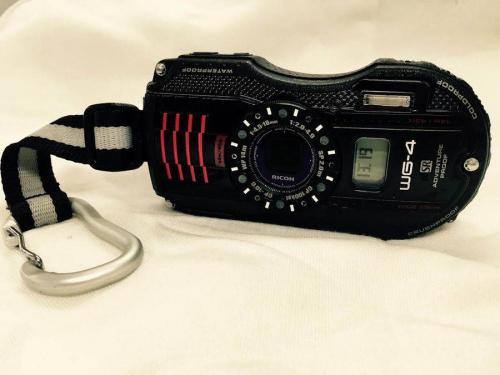 防水のコンパクトカメラ