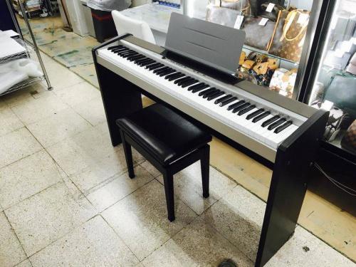 ピアノの電子ピアノ