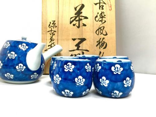 茶器揃えの源右衛門窯