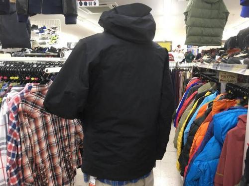 コロンビアの冬物衣類