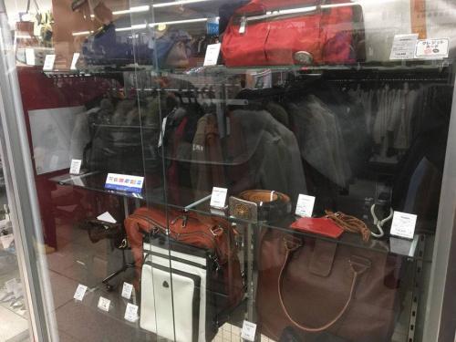 バッグのダレスバッグ