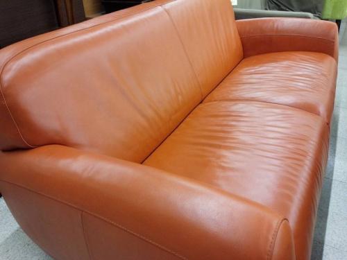 特選家具のソファー