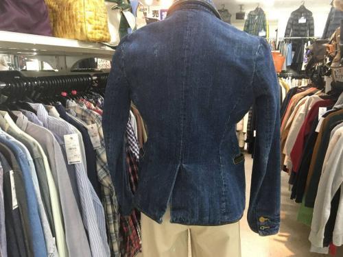 Leeのデニムジャケット