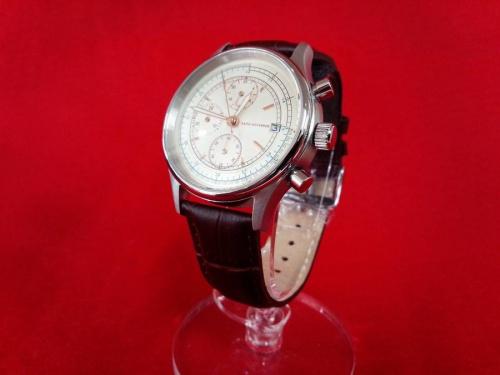 腕時計のnano・universe