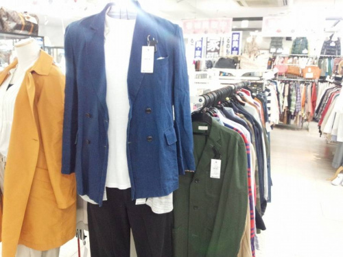 ジャケットの三鷹ファッション