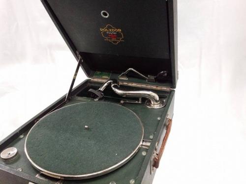 家具・インテリアの蓄音機