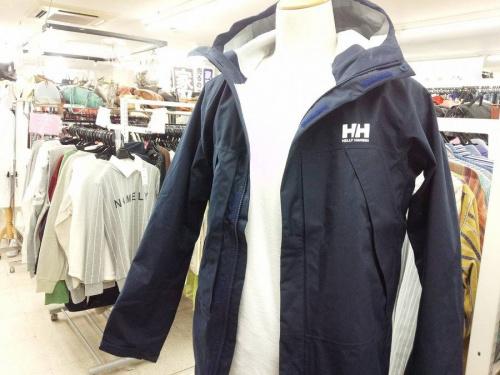 HELLY HANSENの三鷹ファッション