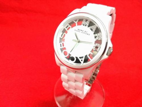腕時計のマークジェイコブス(MARC BY MARC JACOBS)