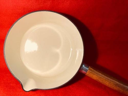 洋食器の片手鍋