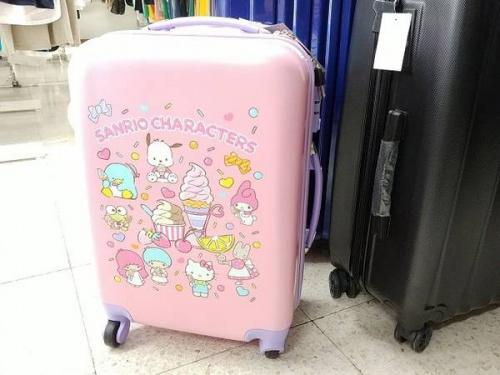 非売品のスーツケース