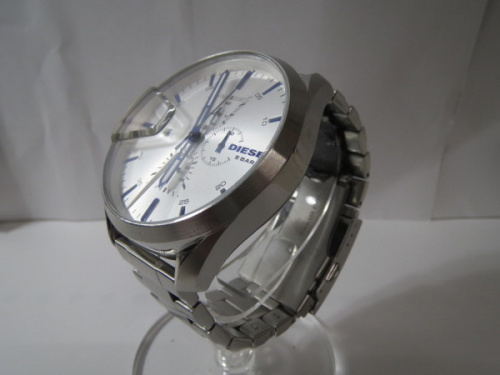 腕時計のDIESEL