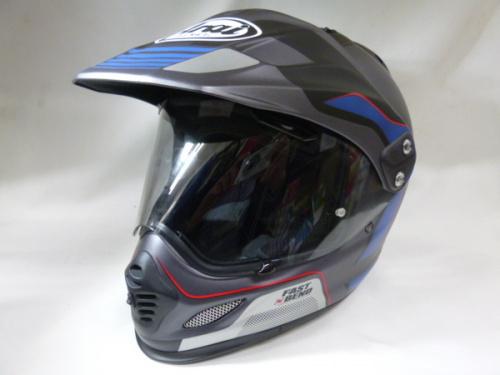 スポーツ用品のバイク用ヘルメット
