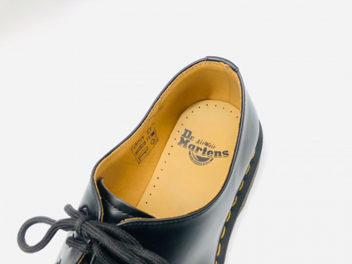 ブーツのドクターマーチン