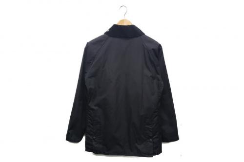 ファッションのオイルドジャケット