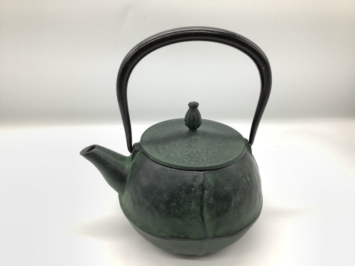 南部鉄器の鉄瓶