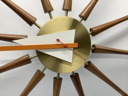 時計のSpindle Clock(スピンドルクロック)