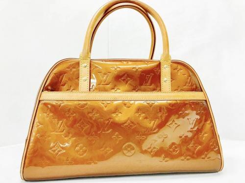 ハンドバッグの中古ブランド