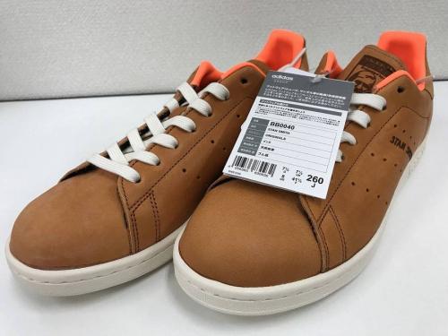 STAN SMITHのアディダス(adidas)