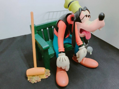 Disneyのビッグフィギュア