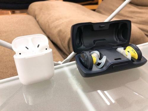 デジタル家電のワイヤレスイヤホン