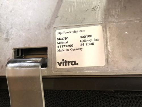 デザーイナーズチェア  中古 買取 習志野のVitra IKEA ニトリ 中古 買取