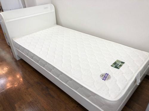 家具 中古のベッド  中古
