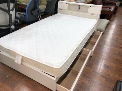 ベッド 中古 買取 販売の家具 IKEA ニトリ